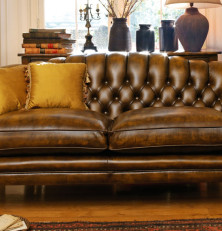 Get Traditional and Family-Owned Service from Marley Furniture Co